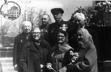 Ахмед Ишимбаев с ветеранами
