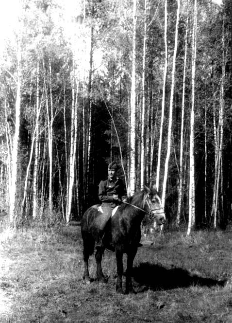 фото 19 - Рашид Чикаев (в армии, Ивановская обл., Тейковский р-н) 1972 г.