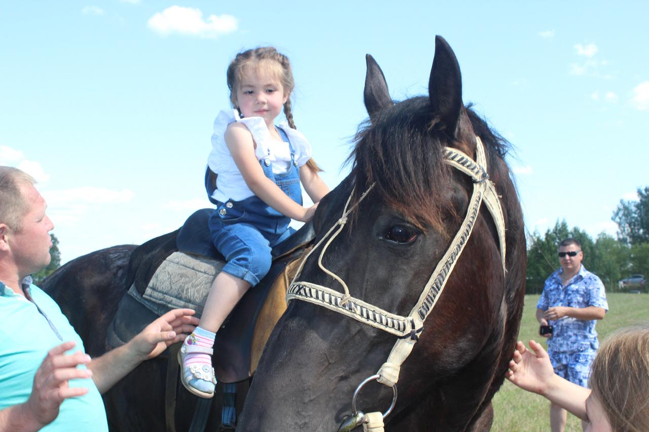 фото 44 - Рашид Барамыков с дочкой Сати