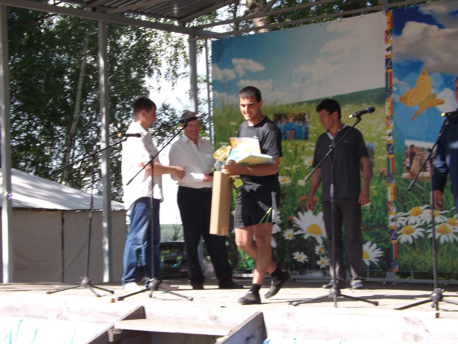 Sabantuy-2016-bor'ba-na-poyasax-i-dr-sostyazaniya-501-Bastanovo