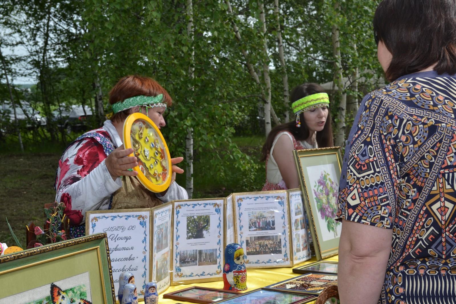 Sabantuy-2016-yarmarka-umel'tsev-556-Bastanovo
