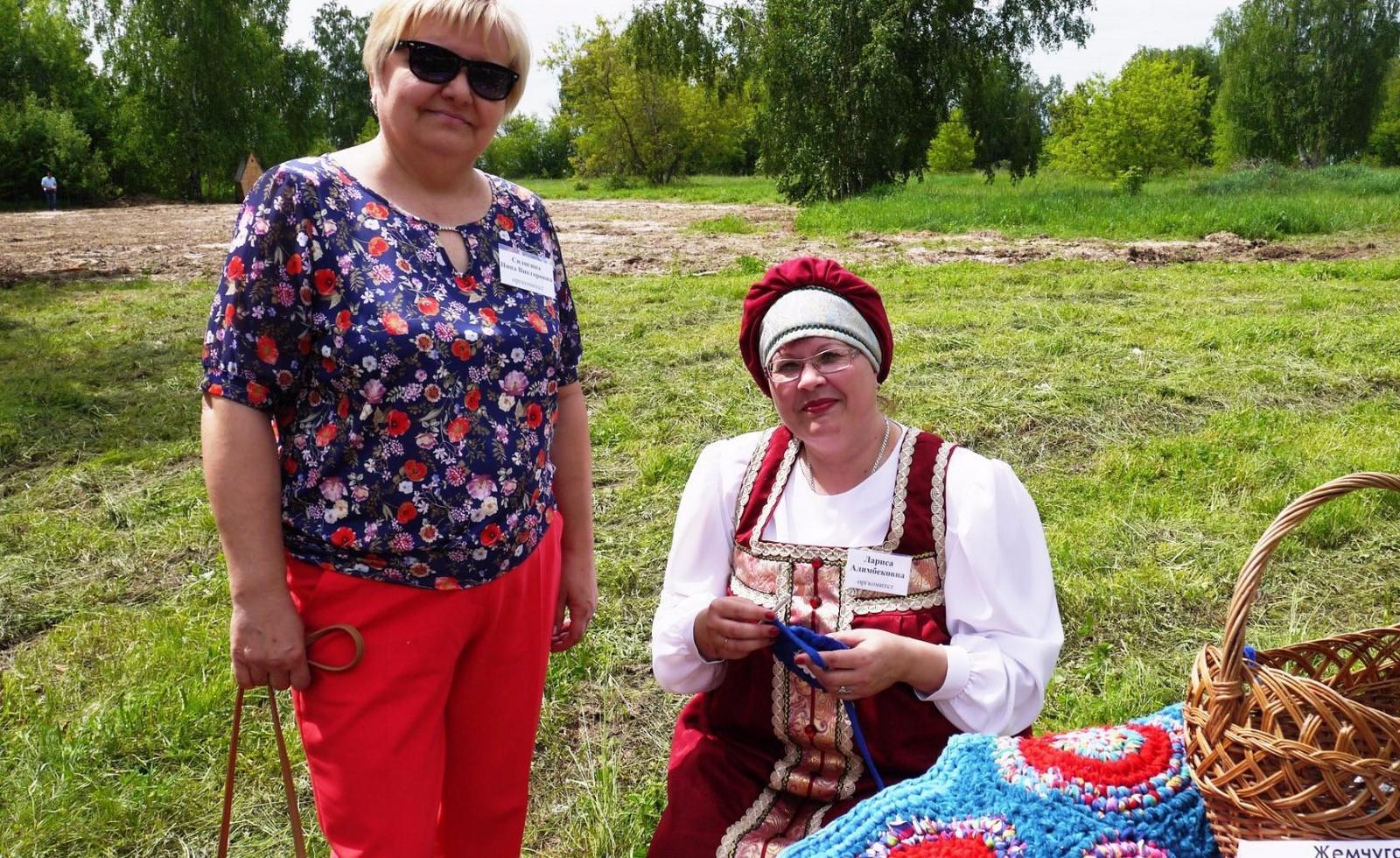 Sabantuy-2016-yarmarka-umel'tsev-581-Bastanovo