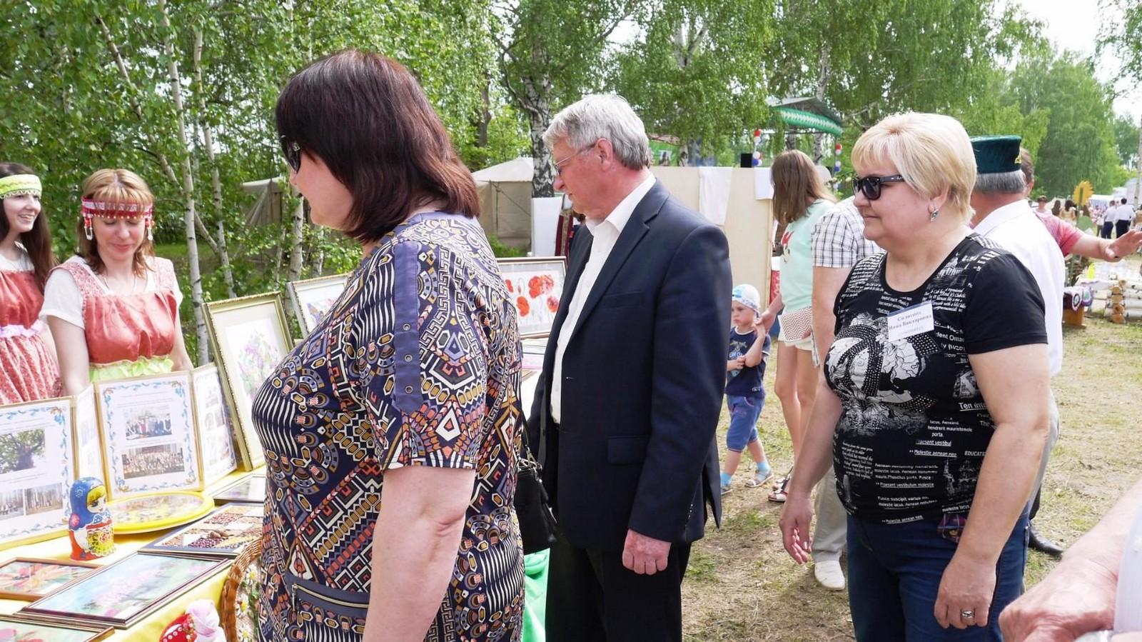 Sabantuy-2016-yarmarka-umel'tsev-597-Bastanovo